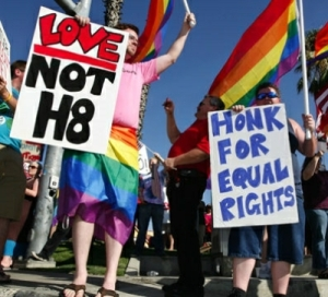 MF141022a - LGBT Protest w400