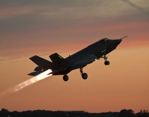 f-35 takeoff